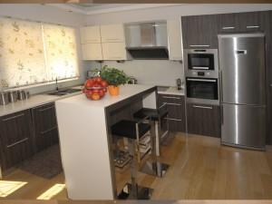 systhema kitchen 111 300x225 Κουζίνα απο αναγλυφο βακελίτη